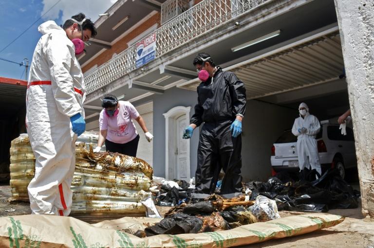 Novas informações sobre sete corpos encontrados em um contêiner