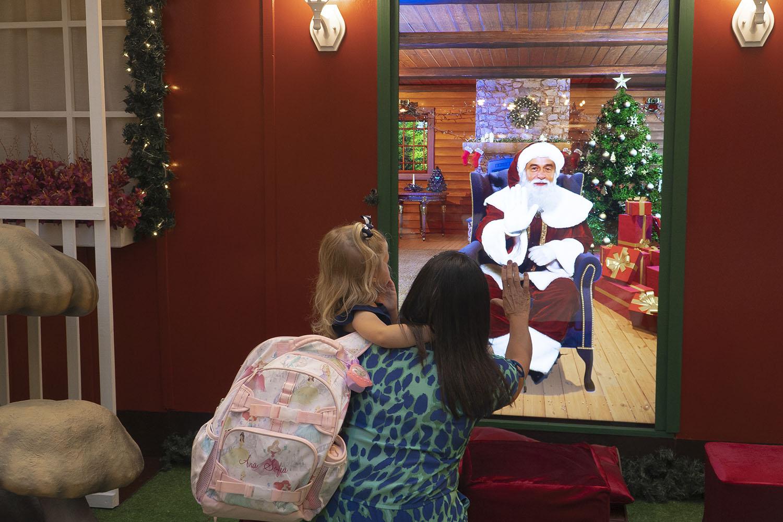 Mágica Digital de Natal: atrações Disney e Papai Noel interativo irão surpreender no Balneário Shopping