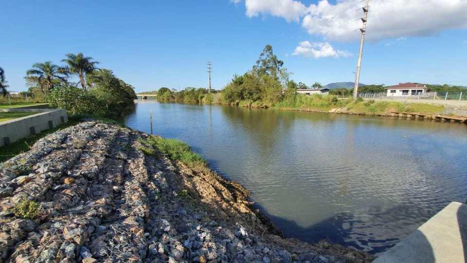 Informe Semasa: normalização da salinidade