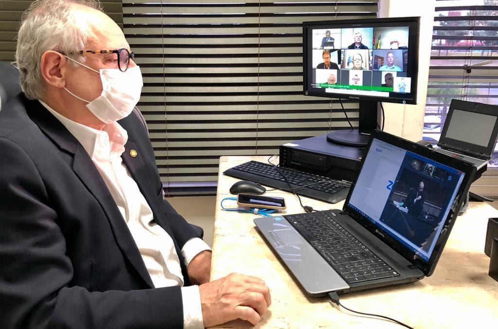 Dr. Vicente cobra de autoridades atitudes diante do crescimento da pandemia