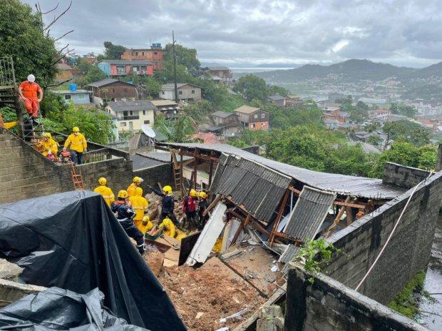 Equipes do Governo do Estado atuam para minimizar estragos causados pela chuva em SC