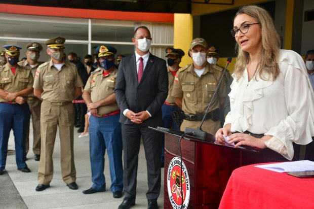 Polícia Militar e Corpo de Bombeiros promovem 37 oficiais e praças em Santa Catarina