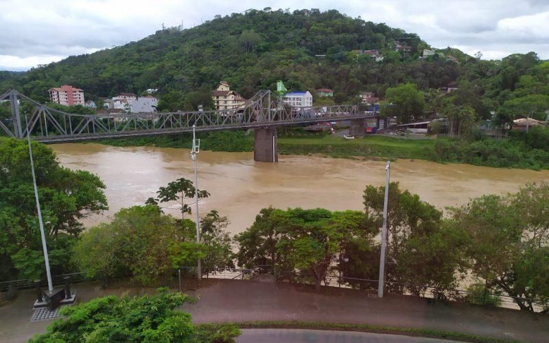 Defesa Civil emite nota sobre monitoramento hidrológico do Vale do Itajaí