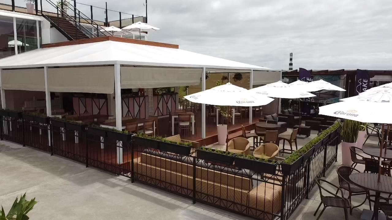 Restaurante em Itajaí ganha estação para a degustação de vinhos