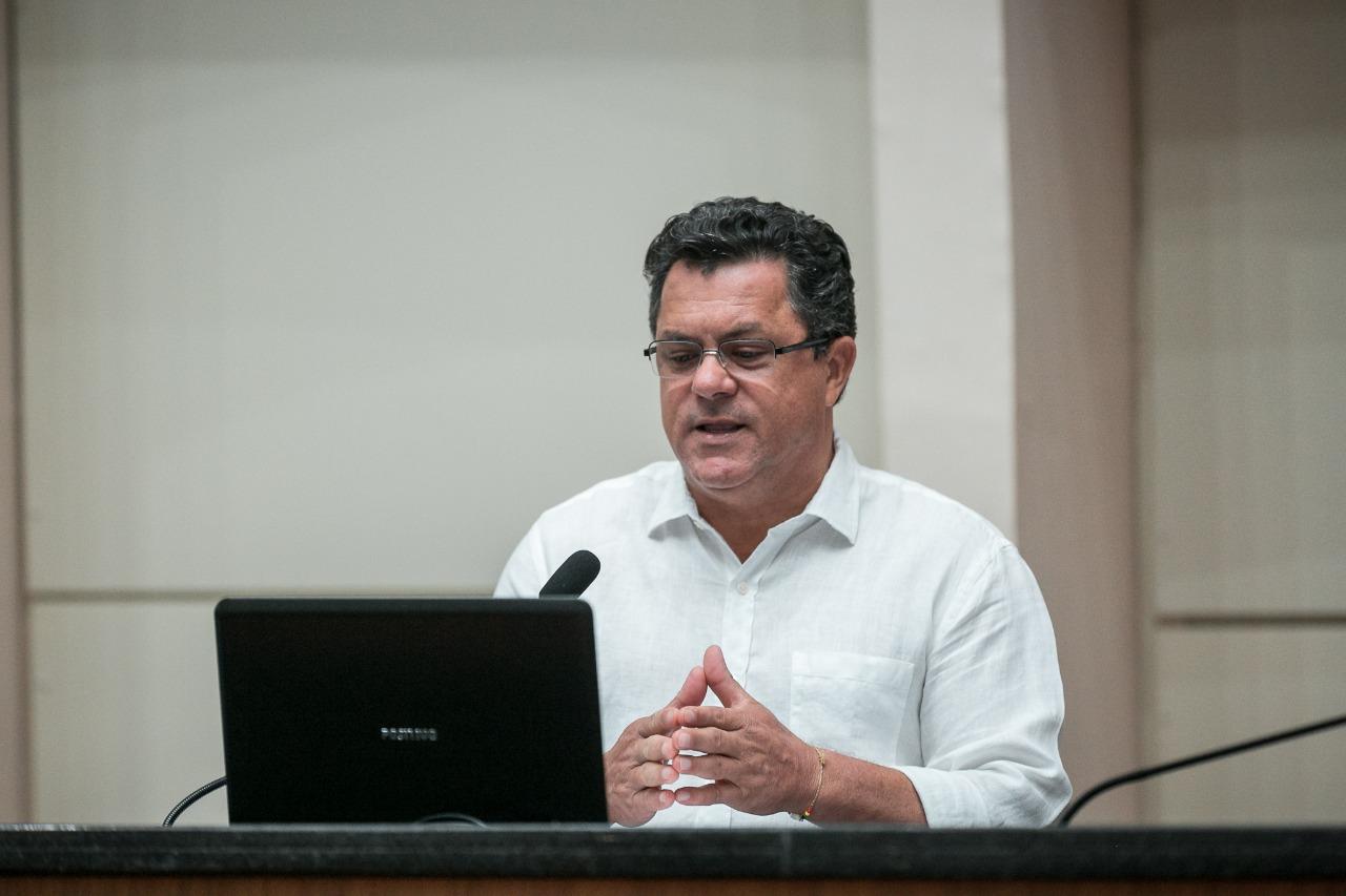 Deputado Naatz quer que governo estude possível redução do ICMS sobre combustíveis
