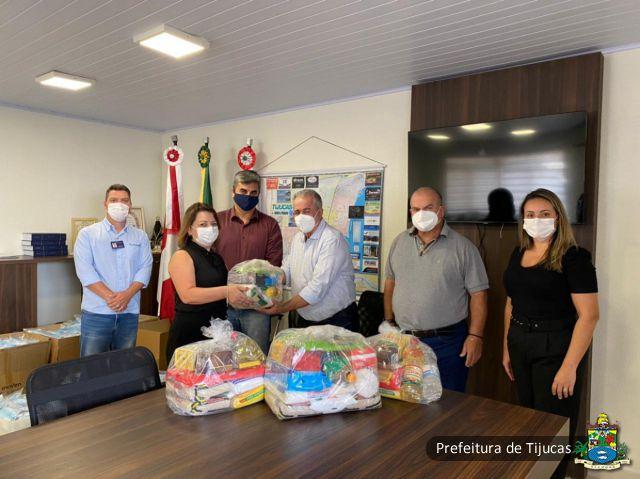 Solidariedade: Tijucas recebe doação de 200 cestas básicas do Grupo Portobello