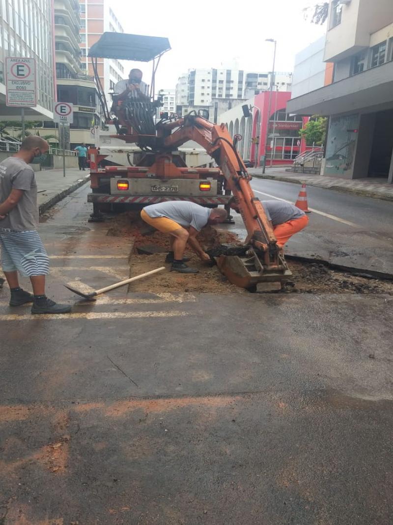Prefeitura de Florianópolis faz recapeamento asfáltico das ruas do Centro