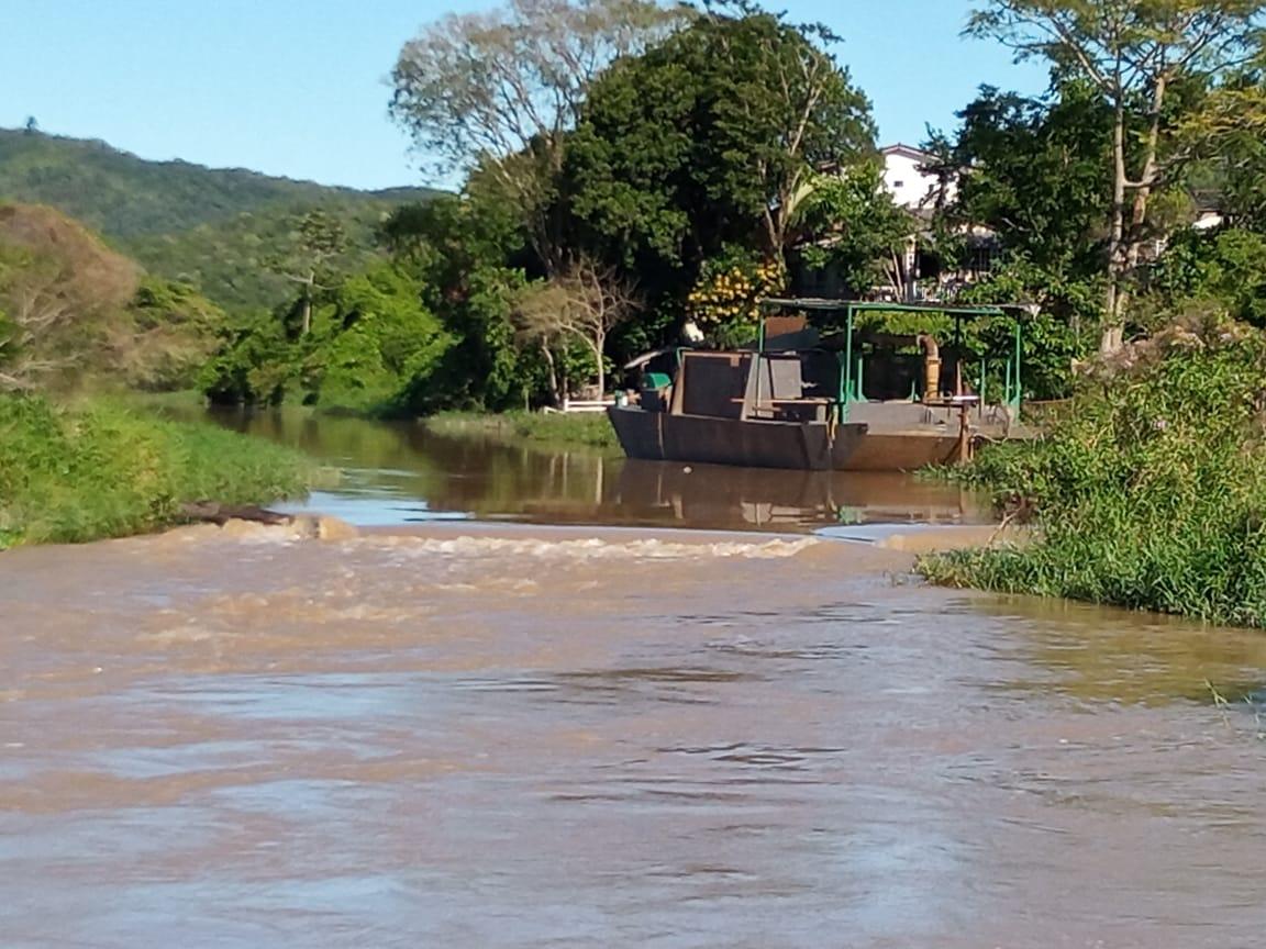 Rio Camboriú com nível acima da média