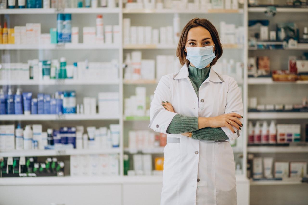 Estamos Contratando: Saúde de Camboriú contrata médicos e farmacêuticos