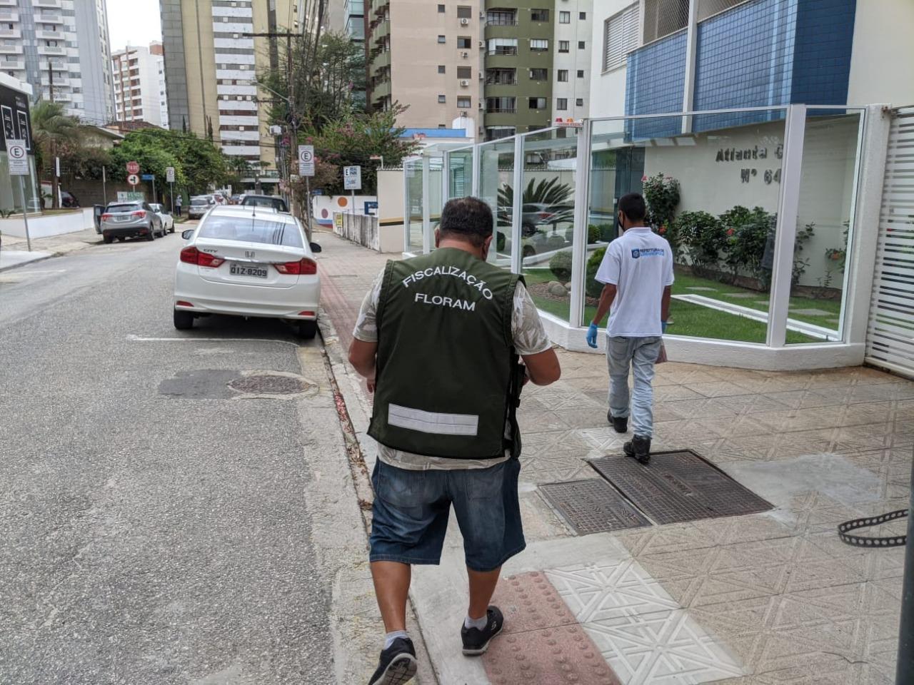 Floripa Se Liga Na Rede: Blitz contra esgoto irregular fiscaliza imóveis no Centro, no Sul e no Norte da Ilha