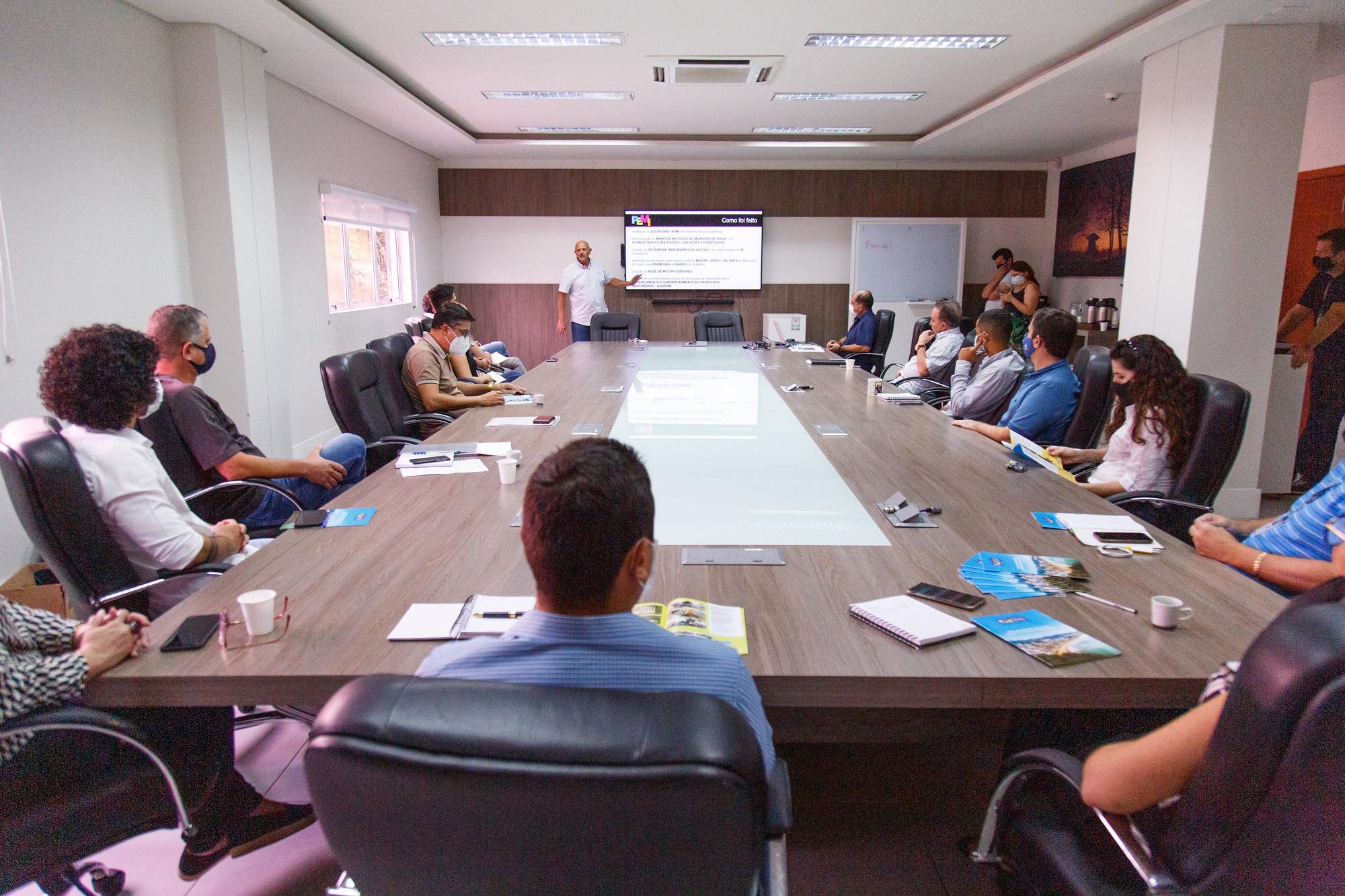 Planejamento Estratégico do Município de Itajaí é apresentado para os vereadores
