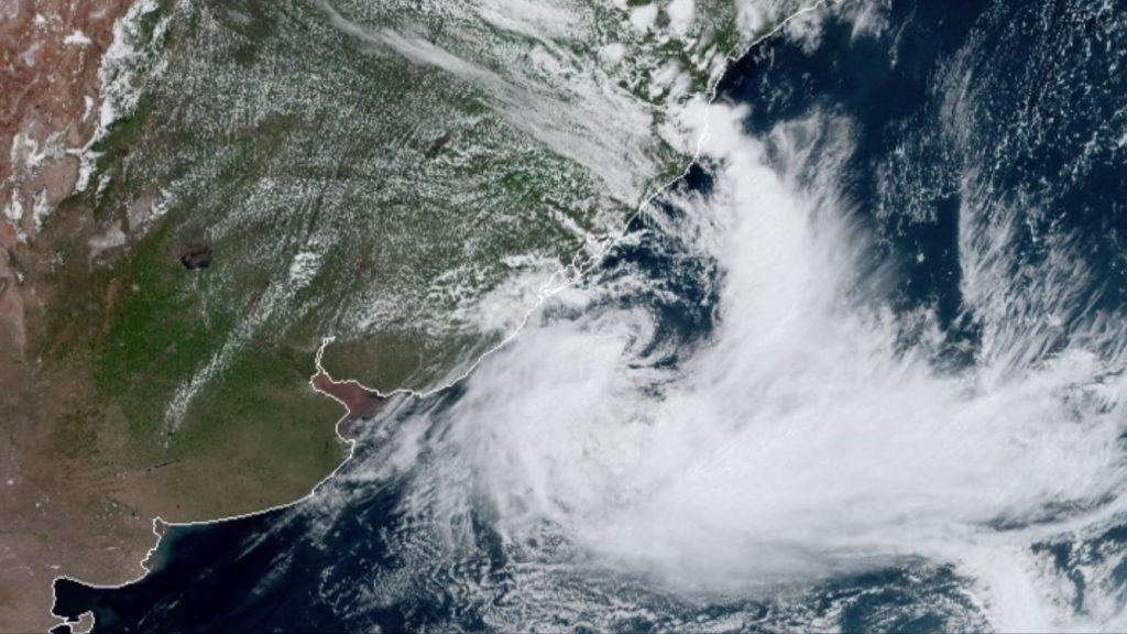 Alerta da Defesa Civil: ciclone extratropical se aproxima de Santa Catarina