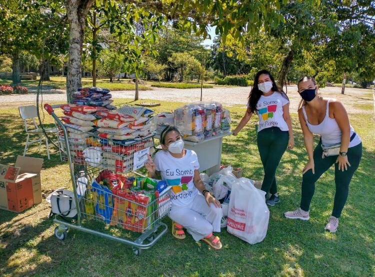 Florianópolis: 8 toneladas de alimentos arrecadados em 3 dias da iniciativa Vacinação Solidária