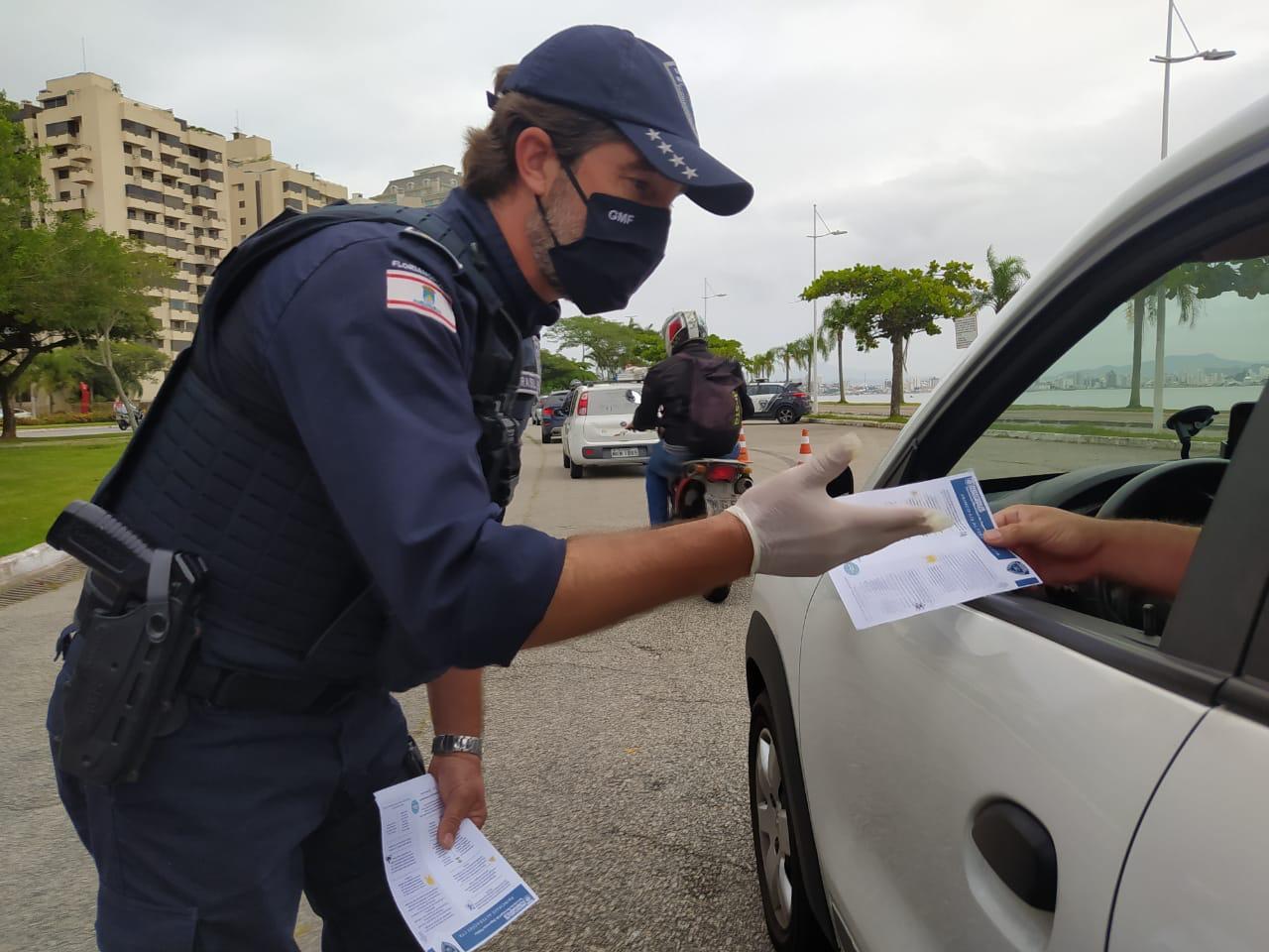 Mudanças na Legislação: GMF realiza blitz educativa sobre alterações no Código de Trânsito Brasileiro