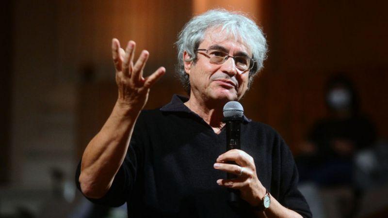 O tempo não existe: a visão de Carlo Rovelli, considerado 'novo Stephen Hawking'