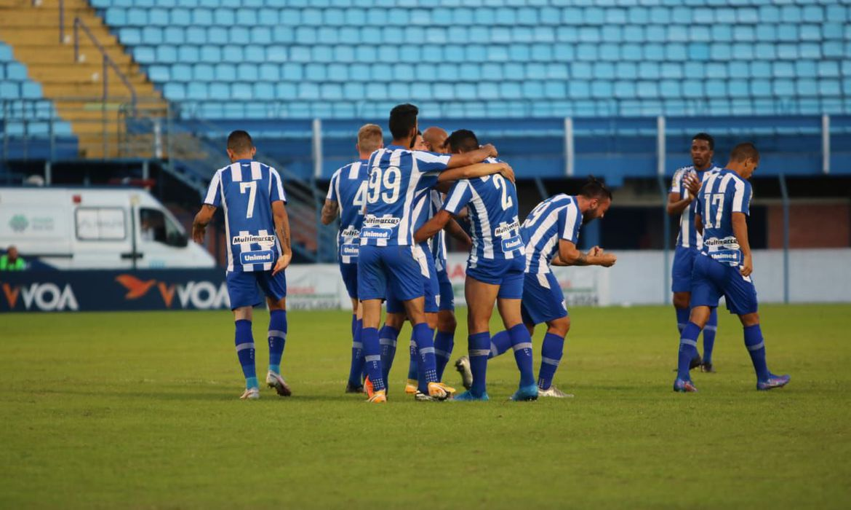 Campeonato Catarinense: Avaí vence Chapecoense e sai na frente na decisão do Catarinense