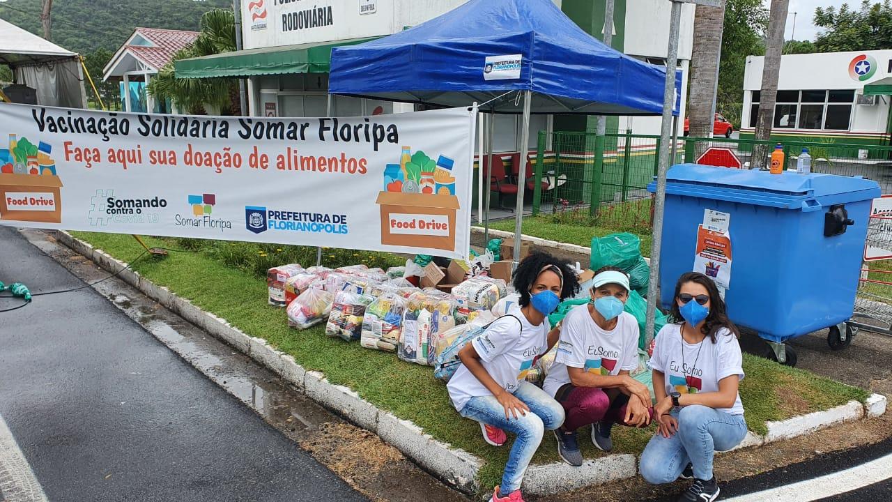 A FOME Mata: Fundação Somar arrecada 40 toneladas de alimentos não perecíveis em 10 dias de Vacinação Solidária