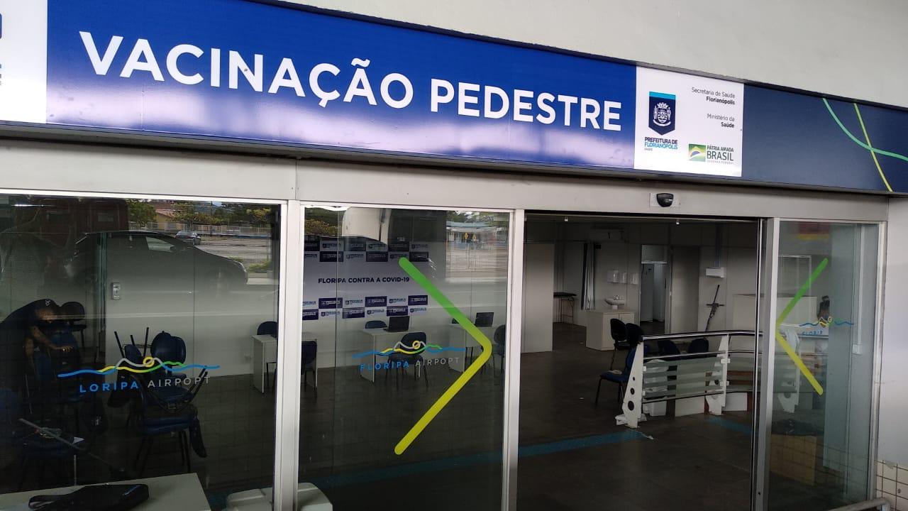 Floripa VACINA: Florianópolis inaugura novo ponto de vacinação para pedestres no antigo Aeroporto
