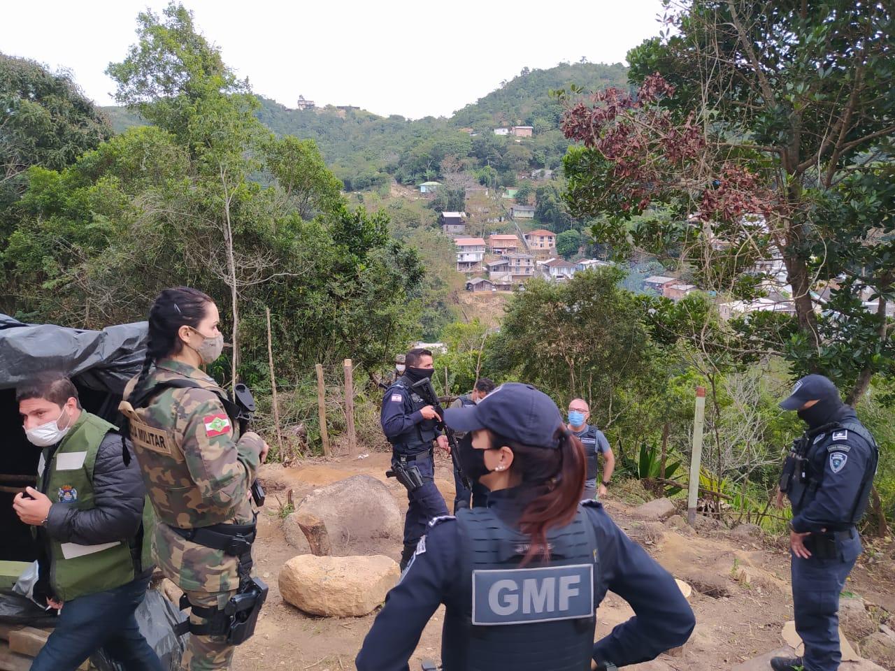 Ocupação Irregular em Floripa: Prefeitura evita invasão no Alto da Caieira