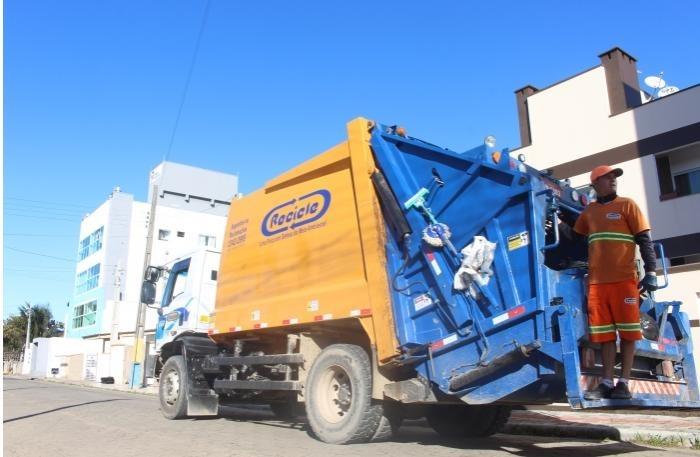 """Qualidade Ruim dos Serviços: Prefeitura decreta """"Intervenção"""" da empresa Recicle"""