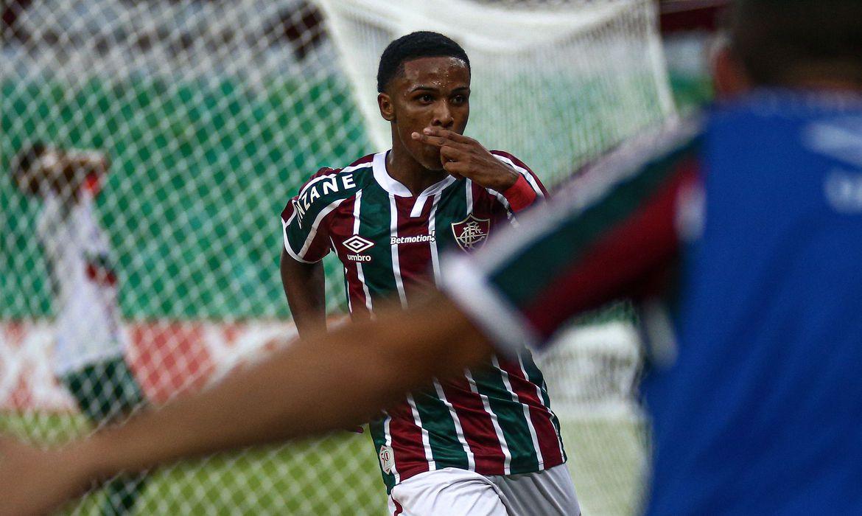 Fluminense derrota Portuguesa e confirma Fla x Flu na final do Carioca: Pelo 2º ano consecutivo, Tricolor decide título com Rubro-Negro