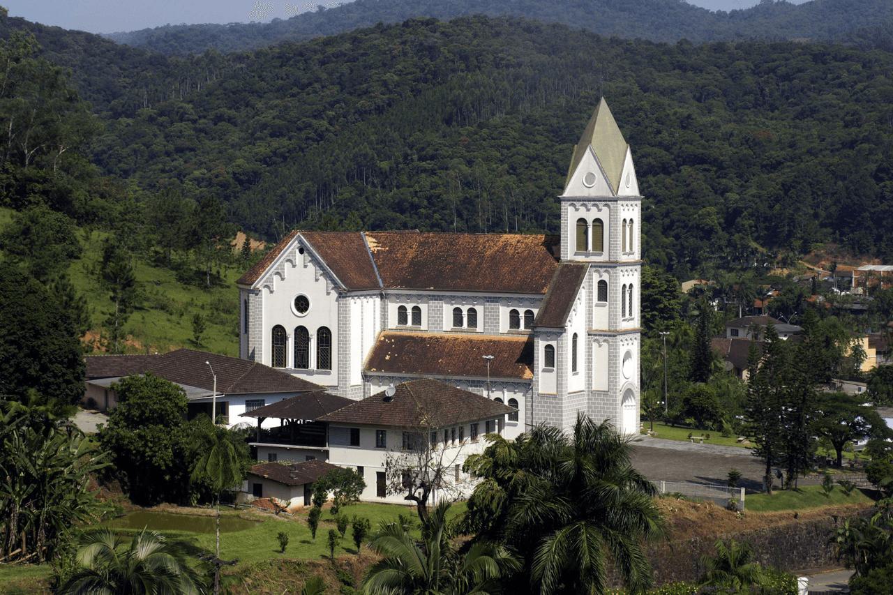 Governo Municipal de Luiz Alves entrega três importantes obras