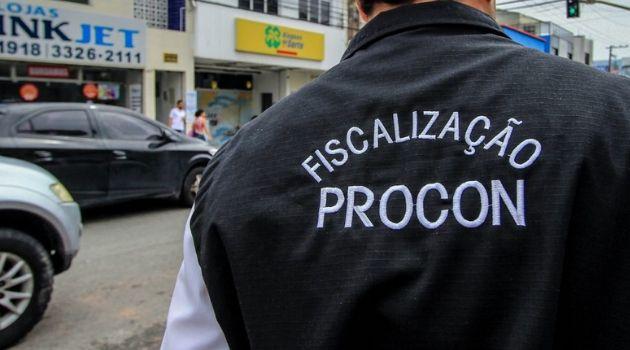 """""""Estamos de Olho"""": Procon da Prefeitura de Florianópolis apreende quase 40kg de produtos vencidos em casas de carnes, açougues e supermercados"""