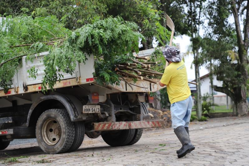 Descarte Correto: Secretaria de Obras recolhe 219 toneladas de entulho no Porto das Balsas