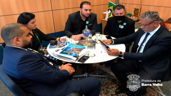 Fomento ao Turismo: Prefeito Douglas e Presidente da Fundação de Turismo Esporte e Cultura em Brasília