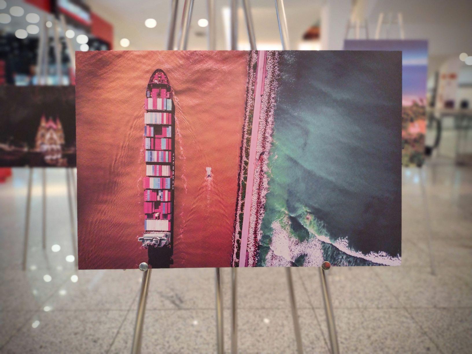 """""""Itajaí em Imagens"""": Alfabile Santana assina exposição fotográfica no Itajaí Shopping"""