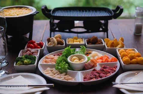 """""""Receitas de Inverno"""": Guia completo para o fondue perfeito"""