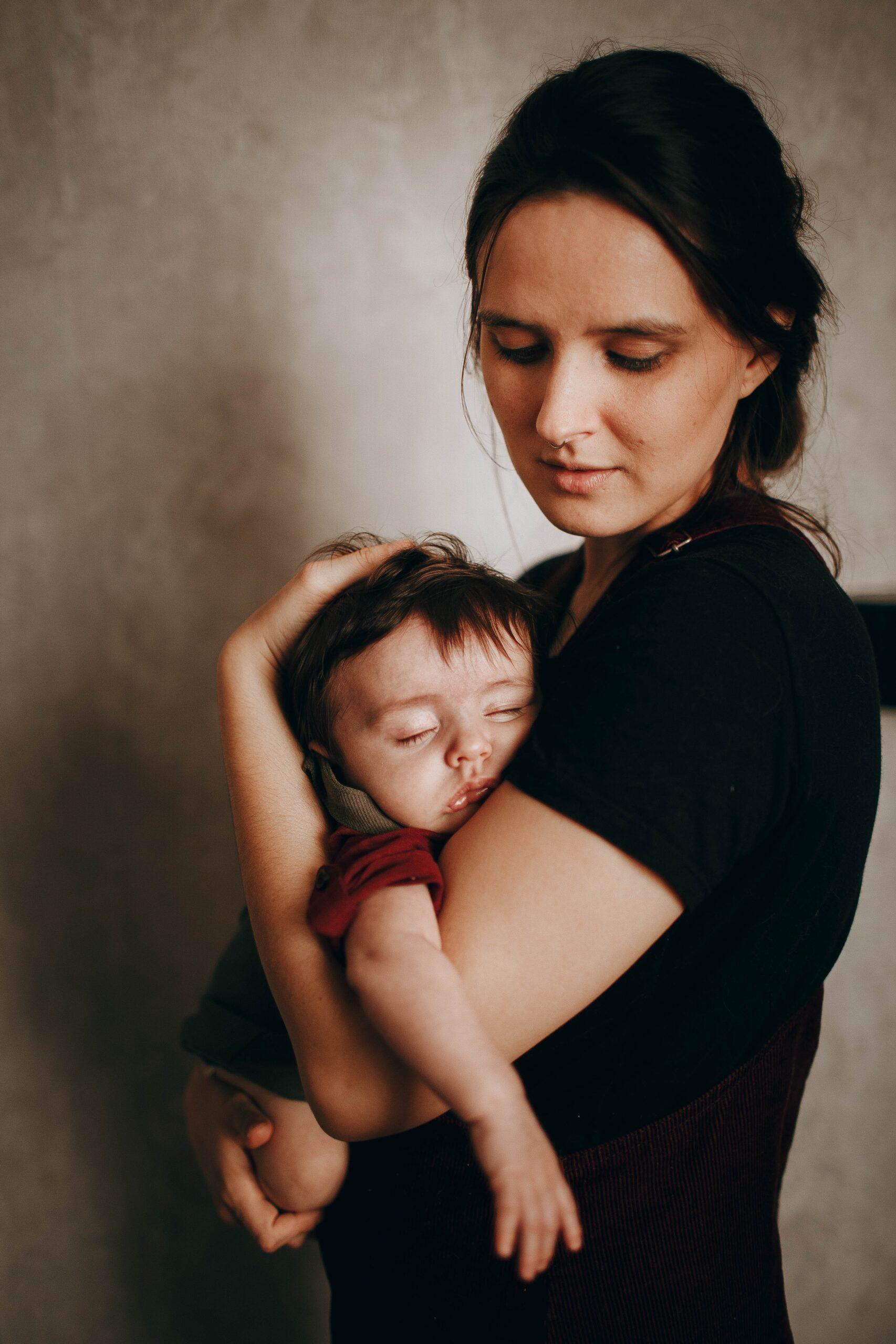 Maternidade: Inclusão Social promove live com temas de maternidade