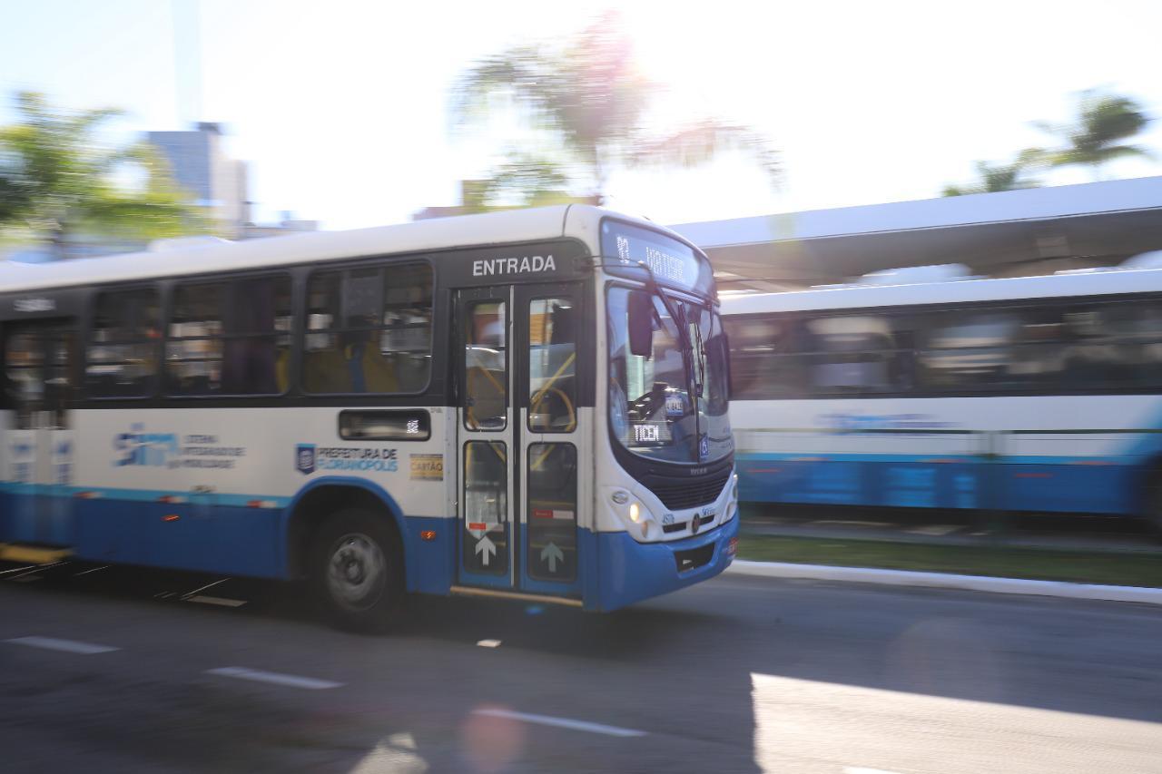 """""""Floripa no Ponto"""": Prefeitura de Florianópolis irá incluir quase 300 horários de ônibus aos sábados"""