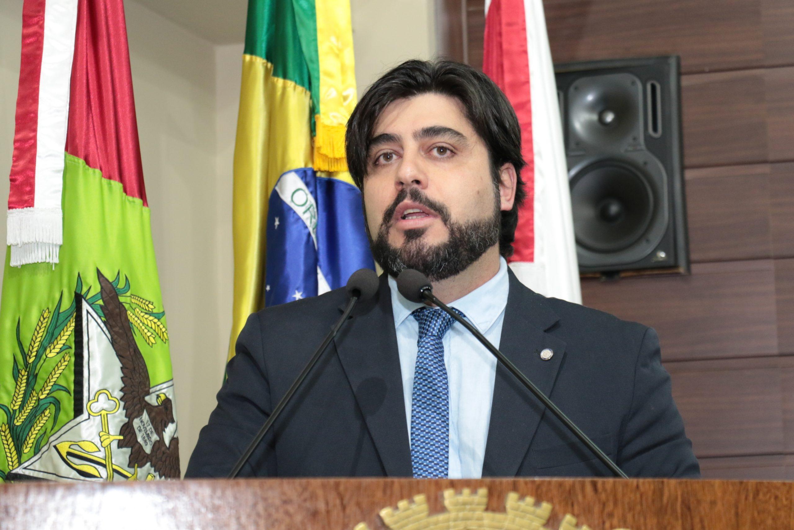 Poder Judiciário: Vereador Maikon Costa mentiu sobre aumento de salário do prefeito