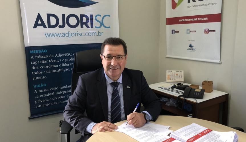 """""""O Incansável"""": José Roberto Deschamps presidente da Adjori/SC nos conta sua trajetória e conquistas"""