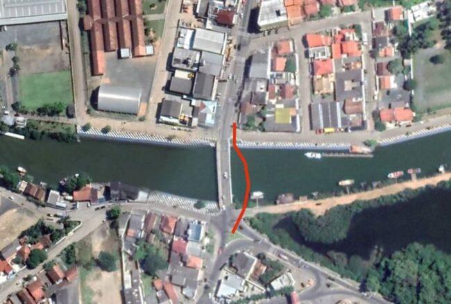 CASAN vai passar tubulação subterrânea ao lado da ponte do Rio Piçarras