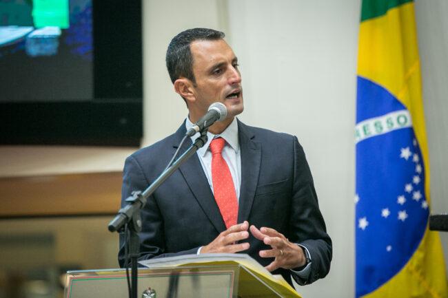 Transportes e Desenvolvimento Urbano:  João Amin comemora fim do impasse sobre recursos estaduais nas BRs de SC