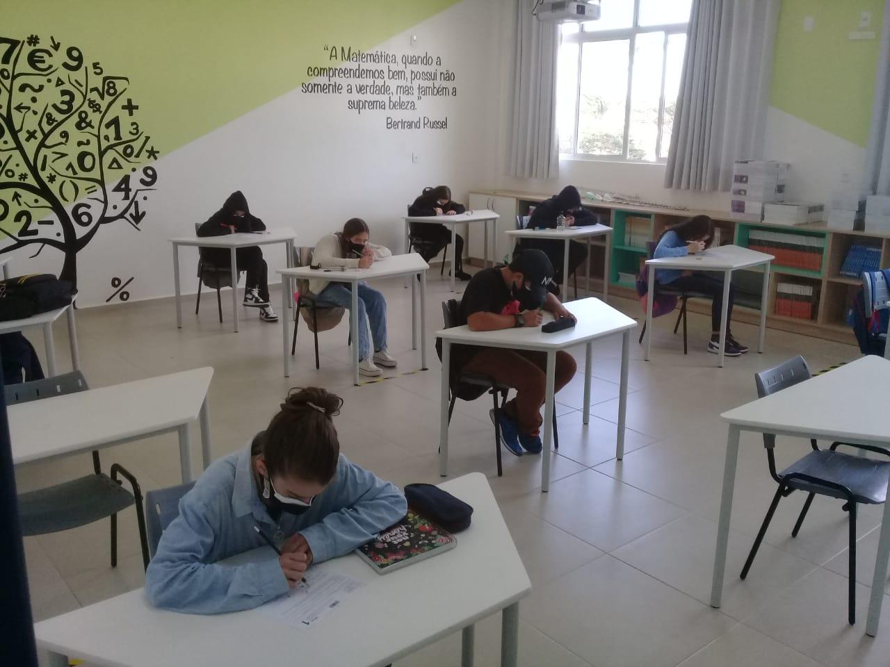 """""""Rede Municipal de Ensino"""": Estudantes de Florianópolis passam para a última etapa da Olimpíada Brasileira de Matemática das Escolas Públicas"""