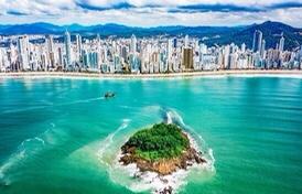 Balneário Camboriú está entre os destinos preferidos dos turistas brasileiros