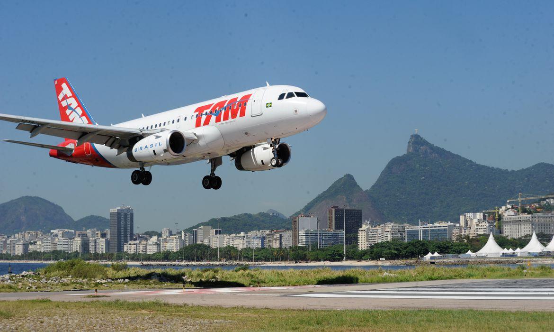 """""""Ir e Vir"""": Itamaraty divulga países que flexibilizaram a entrada de brasileiros"""