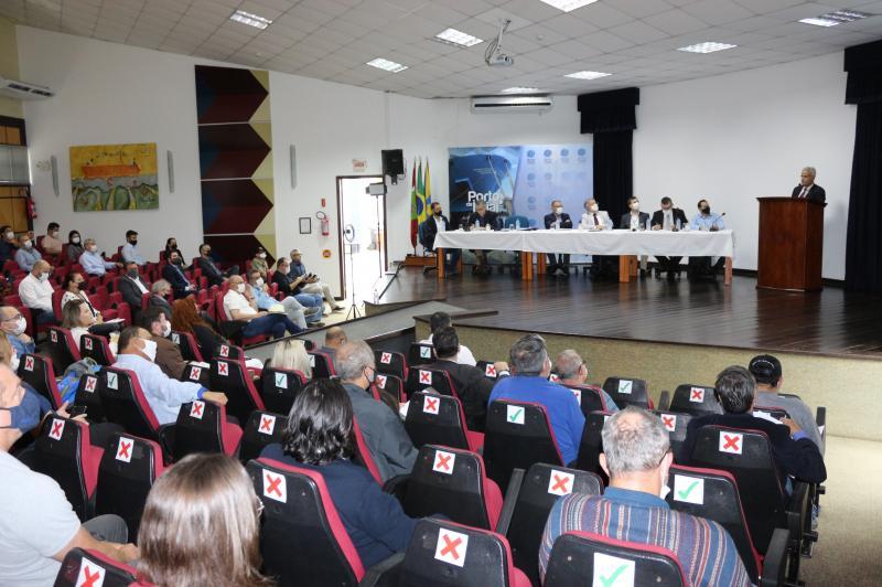 Itajaí apresenta estudo que comprova benefícios da manutenção da Autoridade Portuária Pública Municipal