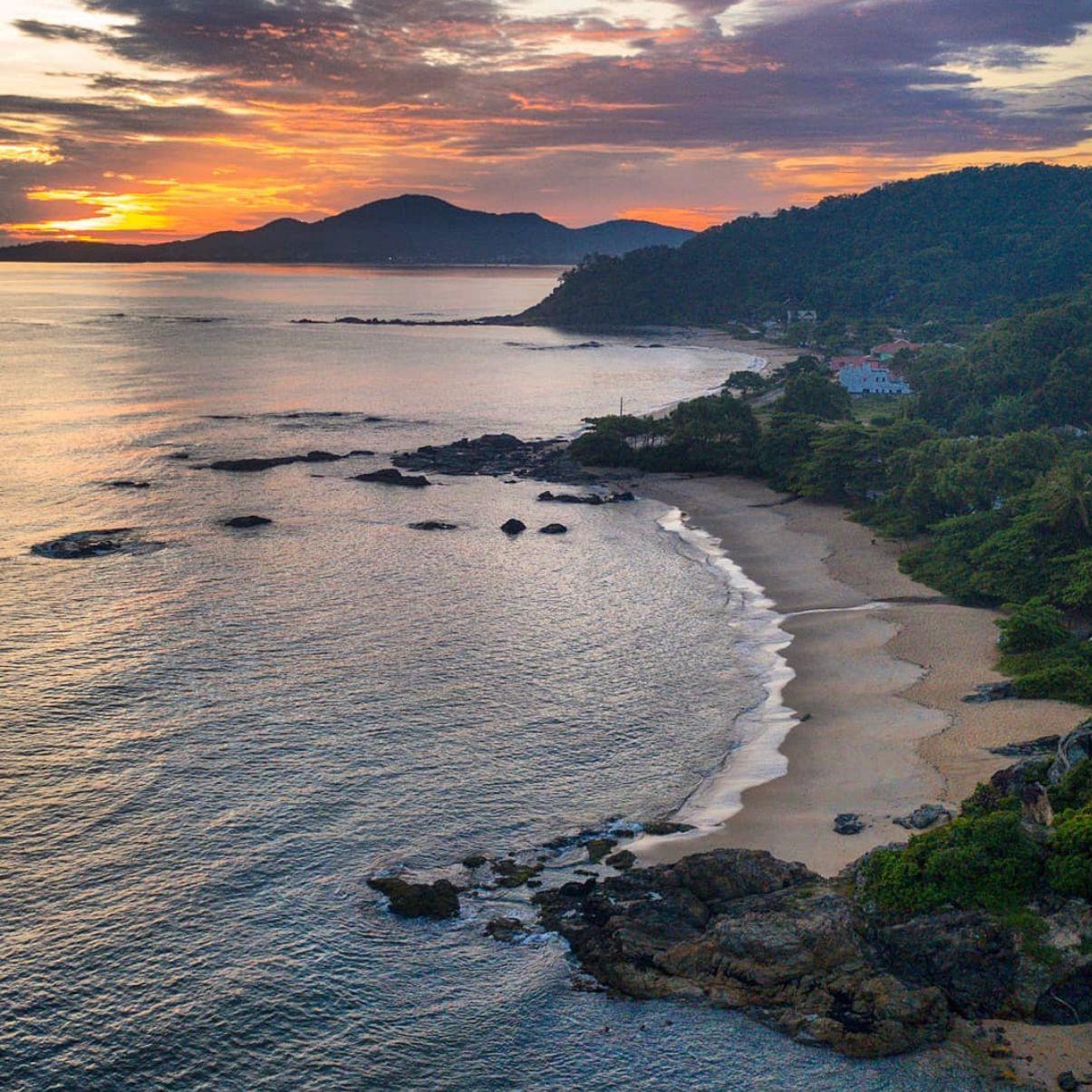 Penha é uma das únicas cidades do Brasil com três praias premiadas com o selo Bandeira Azul