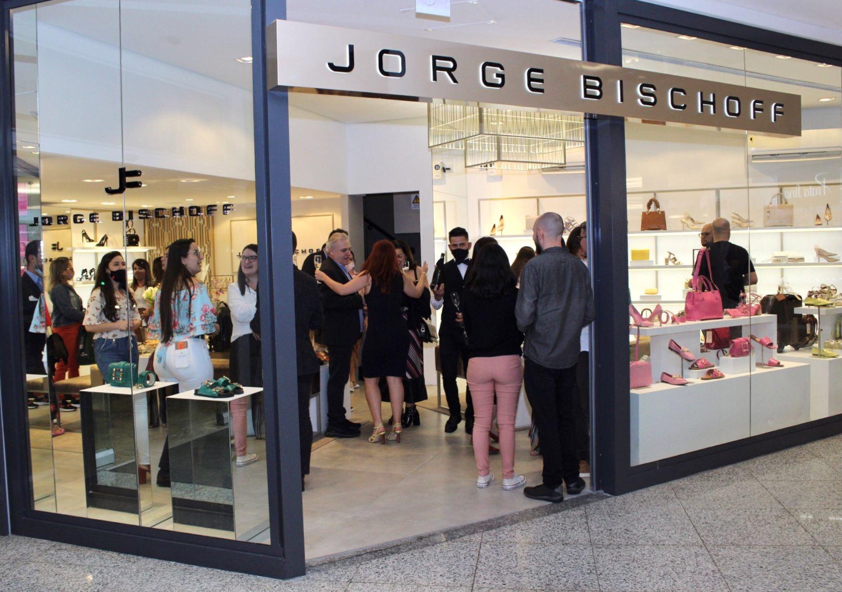 Itajaí Shopping recebe loja exclusiva da grife Jorge Bischoff