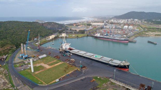Porto de Imbituba fecha setembro com alta de 9,6% na movimentação de cargas